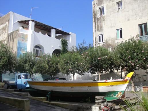 Bootsparkplatz auf SALINA